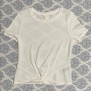 H&M plain white tee small w/bunched up front